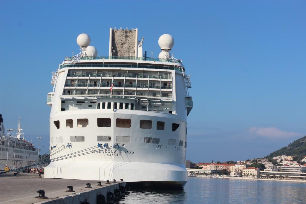 Cruise 13b